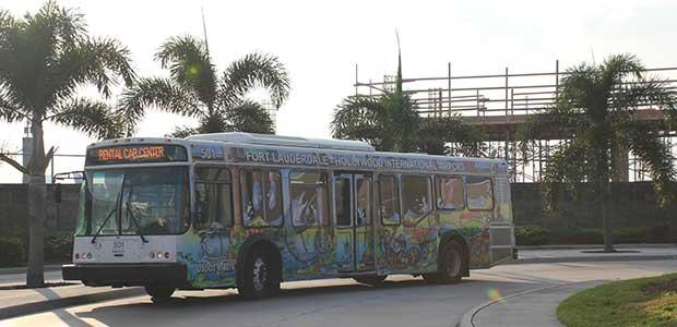 Buss till biluthyrning i Fort Lauderdale